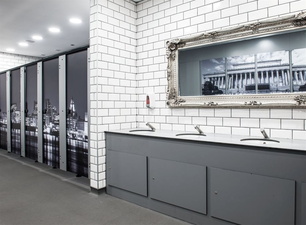 Arpa Athlon Compact Cubicle Amp Washroom At Liverpool Lime