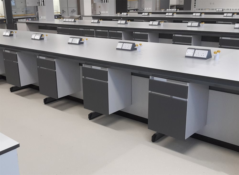 University of Hertfordshire Science Building | Trespa TopLab Plus Case Study