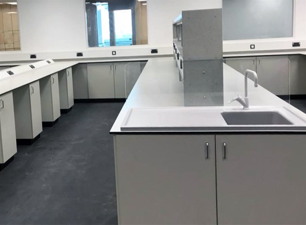 Laboratories at the University of West Scotland using Trespa TopLab Base